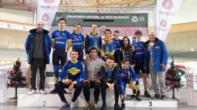 Jovens atletas vivenciaram fantástica sensação no Velódromo Nacional